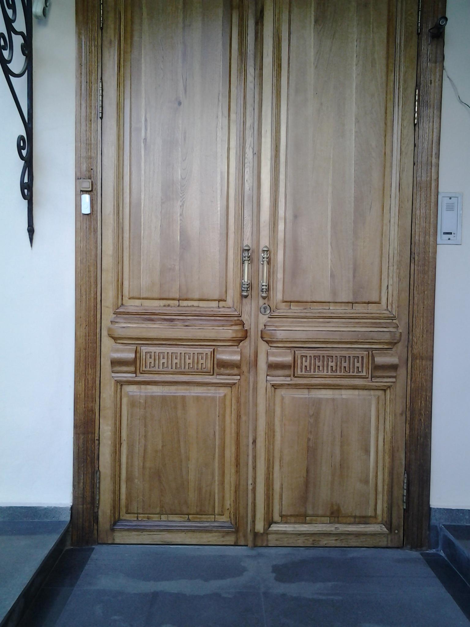 Дверь своими руками на фото
